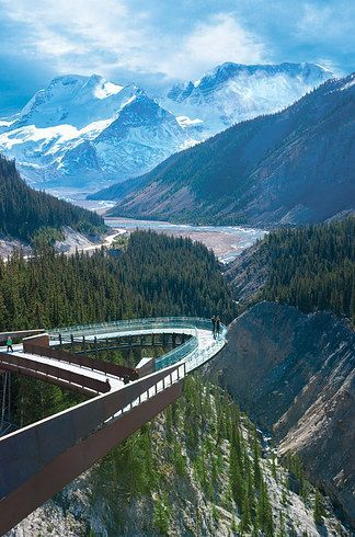 Situated in the middle of the Canadian Rockies of Jasper National Park sits the Glacier Skywalk. This composition of steel and glass offers breathtaking views of the glacier-formed valleys and waterfalls. Take in the views 918 feet (280 metres) above the natural beauty.