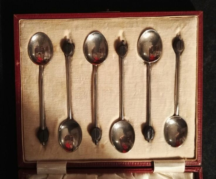 SOLID STERLING SILVER HALLMARKED COFFEEE BEAN SPOONS CASED WWII 1944 TEASPOONS