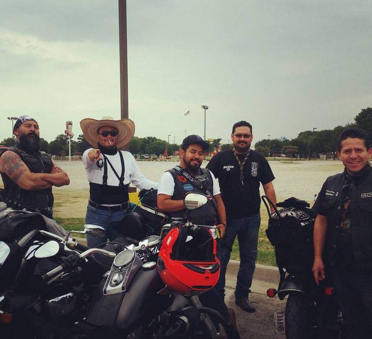 This #bikerclub stopped by #GMBG today all the way from Mexico City! These were some cool guys to chat to and look at those bikes! Viaje seguro! #bikers #motorcycle #motorcyleclub #rev #gasmonkeydallas #gasmonkey #vivamexico #viajeseguro #mexico #mexicocity #bikelife