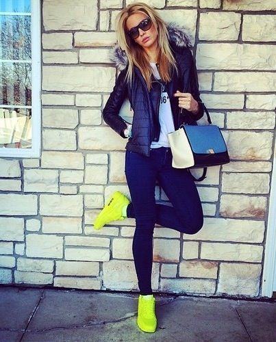 Las 25+ mejores ideas sobre Outfit con tenis en Pinterest | Lindos atuendos de zapatillas Ropa ...