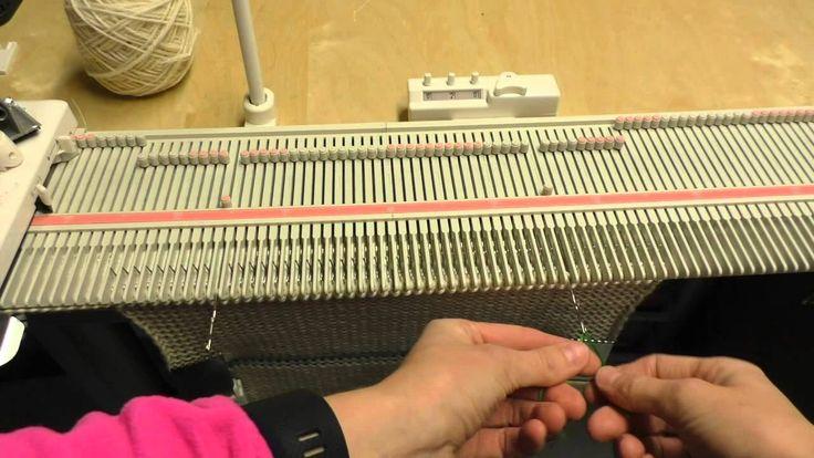 Strikkeprøve / Gauge swatch - Silver Reed LK150