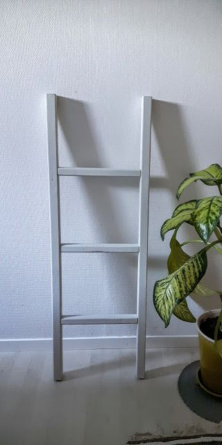 Good Pieces In Life: Sisustustikkaat - Decorative ladder