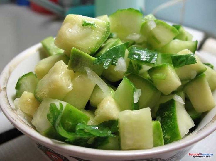 Салат авокадо морепродукты