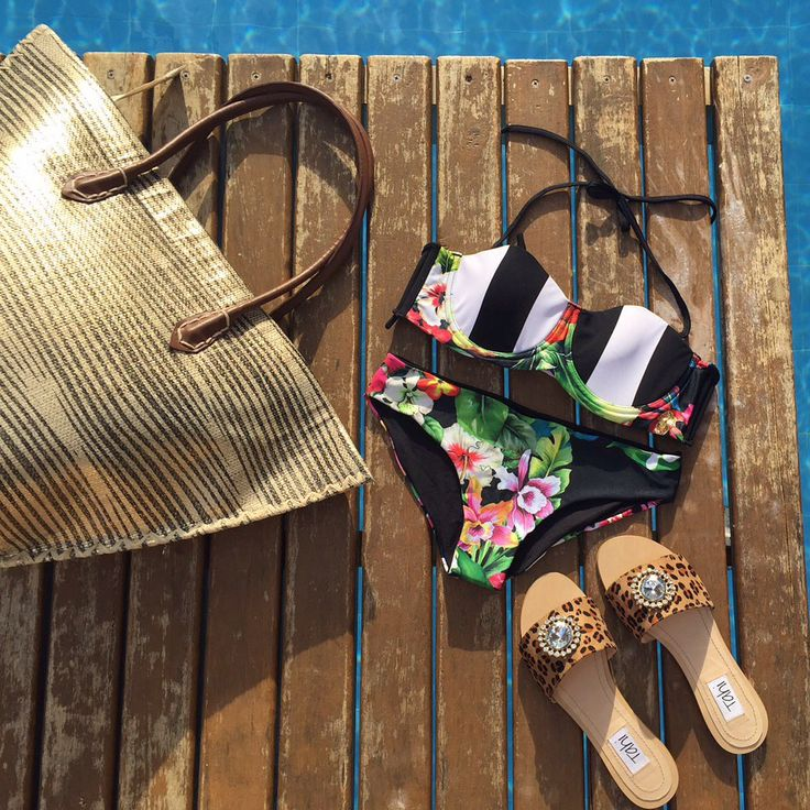 Stripes and flowers perfect mix and Match by Mar de LUA for this summer !