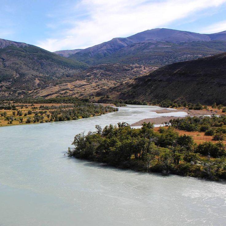 ¿Qué sería de nuestros productos sin ella? Nuestros arboles son regados con la lluvia abundante de nuestra Patagonia.  #díamundialdelagua #disfrutalonatural #nativforlife #health #salud #organicfood #instadaily #beautiful