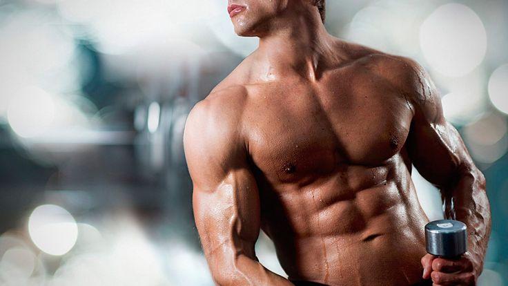 Пивной живот может возникать и у женщин, и у мужчин, но избавиться от него достаточно непросто.