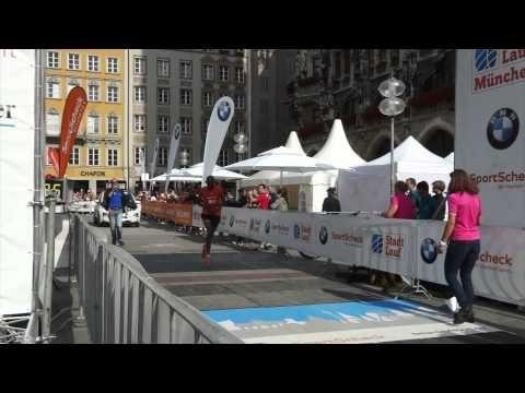Stadtlauf München 2015: Zieleinlauf Kedir Burka - Sieger Halbmarathon