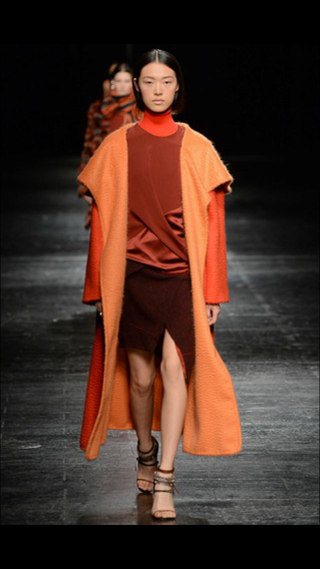 Naranjas y cobrizos, Orange and Cooper Prabal Gurung