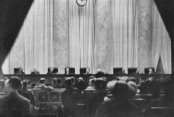 Only one of two photographs in existence of the US Supreme Court in session. Cameras are forbidden in the Supreme Court but this photograph was taken by a young woman who concealed her small camera in her handbag cutting a hole through which the lens peeped 1937. http://pic.twitter.com/rjZQcQcYwF   Lost In History (@HistoryToLearn) November 26 2017