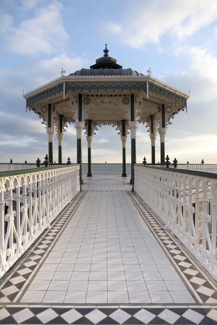 Want to stay close to the seafront? The 3* Grand Pier Guest House should do just nicely.
