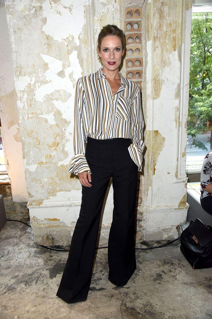 #Berlin, #Fashion Lisa Martinek & Saskia Diez – Dorothee Schumacher Show – Mercedes Benz Fashion Week in Berlin 07/06/2017 | Celebrity Uncensored! Read more: http://celxxx.com/2017/07/lisa-martinek-saskia-diez-dorothee-schumacher-show-mercedes-benz-fashion-week-in-berlin-07062017/
