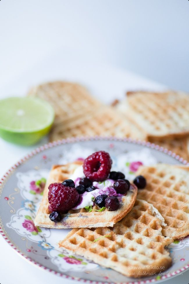 Våfflor gluten och laktosfria ♥ (lchf, paleo)  Waffles gluten and lactosefree (low carb, lchf, paleo)