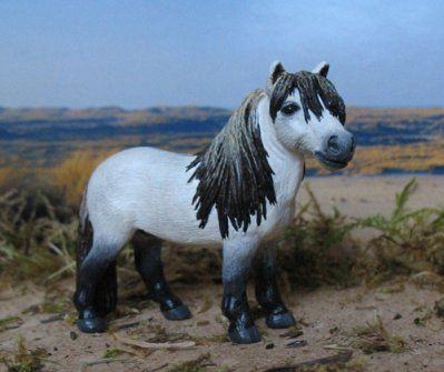 schleich custom | Custom du Fallabela - Blog de Schleich-Custom. This guy is adorable!
