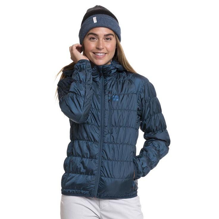 Manteau à capuchon Uplink: Si le mercure chute soudainement en cours de route, vous n'avez qu'à sortir ce manteau technique ultraléger de votre sac à dos ou à le détacher de votre harnais. La coupe