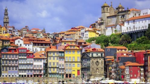 Fin de año en Oporto en hotel temático 4* El plan perfecto para Fin de Año. Aprovecha esta oportunidad para conocer la pintoresca ciudad de Oporto en Portugal. Disfrutarás de una estancia de 2 noches en Hotel Da Música 4* con desayuno+cena+City Tour por la ciudad de Oporto por solo 399€