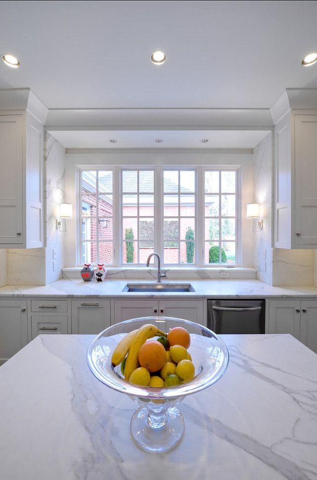 White Marble Kitchen Countertop.