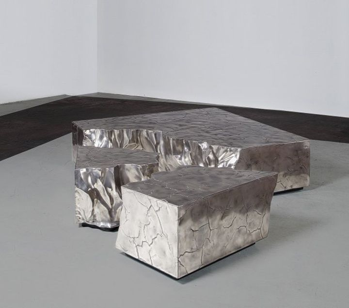 Концептуальный дизайн бронзового кофейного столика