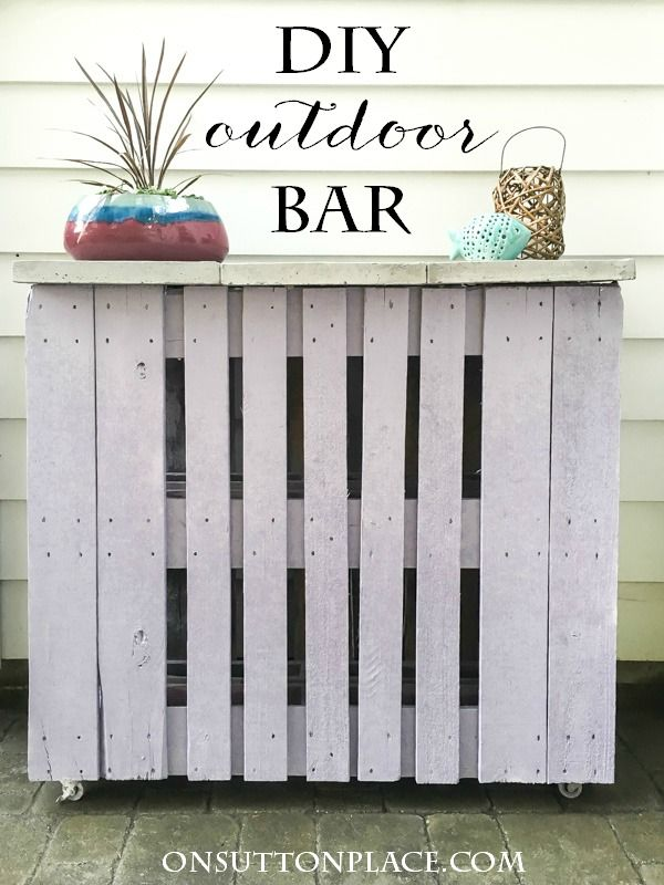 DIY Pallet Outdoor Bar Tutorial with