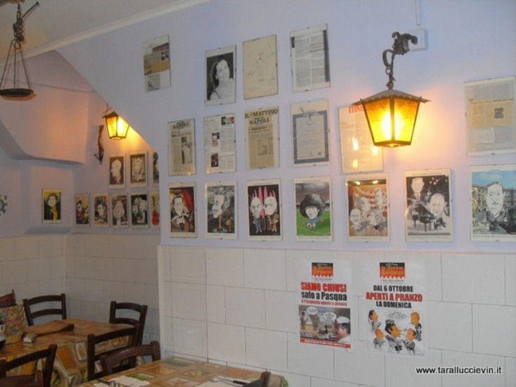 Un ristorante classicissimo a Napoli ma raro nell'eccellenza delle sue alici fritte imbottite e di tutti i suoi piatti tradizionali