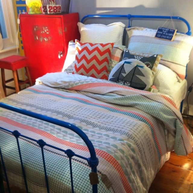 Powder coated cast iron bed from Scout House. Insanely cute!