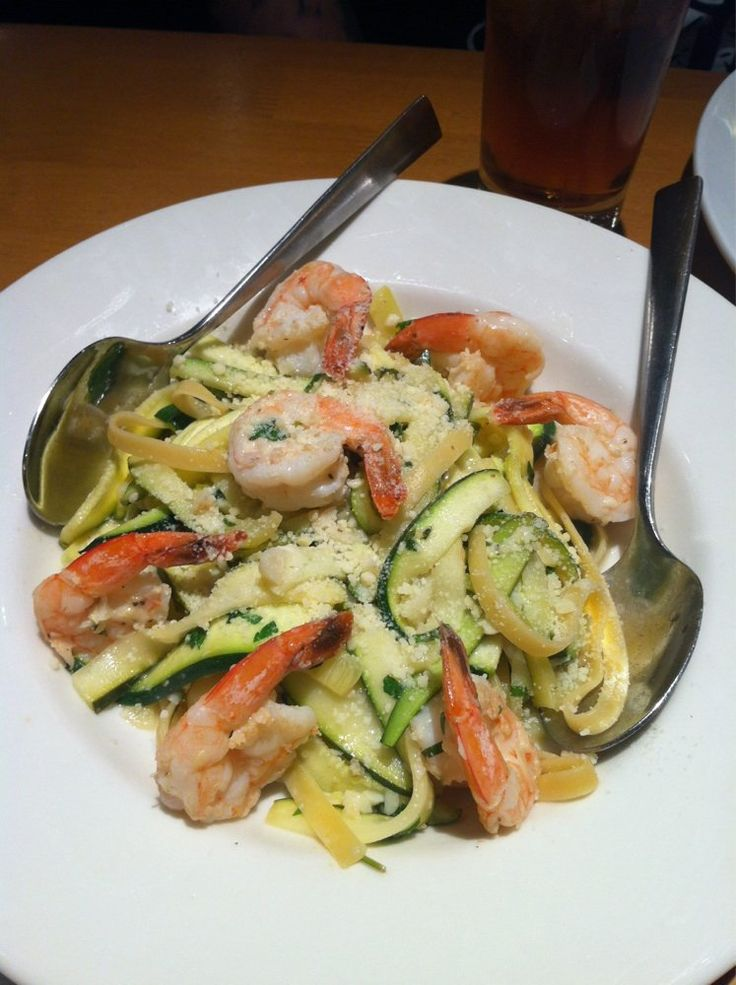 California Pizza Kitchen Copycat Recipes: Shrimp Scampi Zucchini Fettuccine