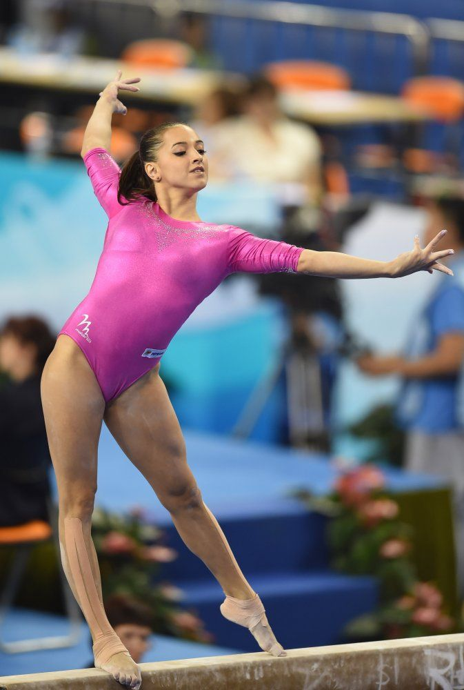 gymnastic women with bigbreast