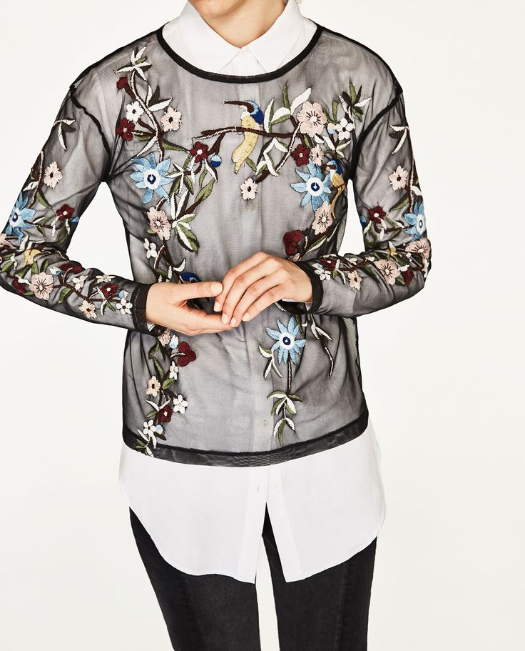 EMBROIDERED TULLE T-SHIRT