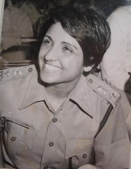"""Kiran Bedi- First woman officer in Indian Police Services"""