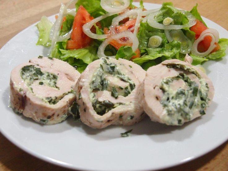 Puedes convertir en un plato de 10 unas sencillas pechugas de pollo con recetas como estas del blog COCINA SIN CARNÉ.