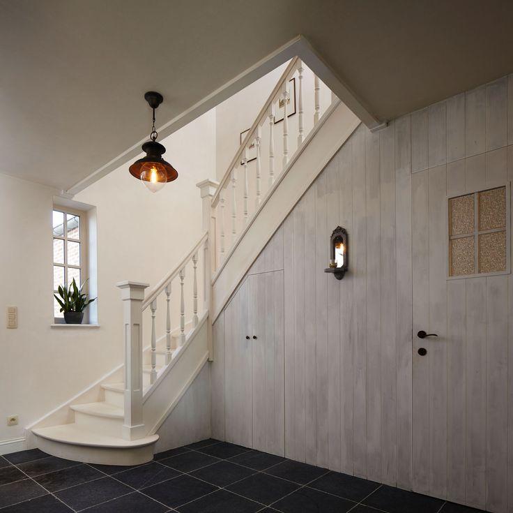 20 beste idee n over witte trap op pinterest - Schilderij kooi d trap ...