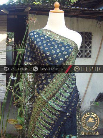 Sarung Selendang Sutera Pekalongan-8 | Indonesia #Batik on #Silk Painting, Batik #Fabric, Batik #Painting http://thebatik.co.id/kain-batik-bahan/batik-sutera/