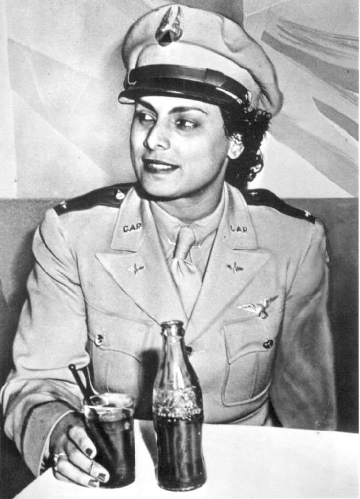 Willa Beatrice Brown, a peioneering aviator, was born on January 22, 1906 in Glasgow, KY. She was the first woman commissioned as a lieutenant in the Civil Air Patrol and she was the first Black woman to earn a commercial pilot's licence, obtaining her licence in 1937. Her efforts were responsible for Congress' forming the renowned Tuskegee Airmen squadron, leading to the integration of the U.S. military service in 1948.