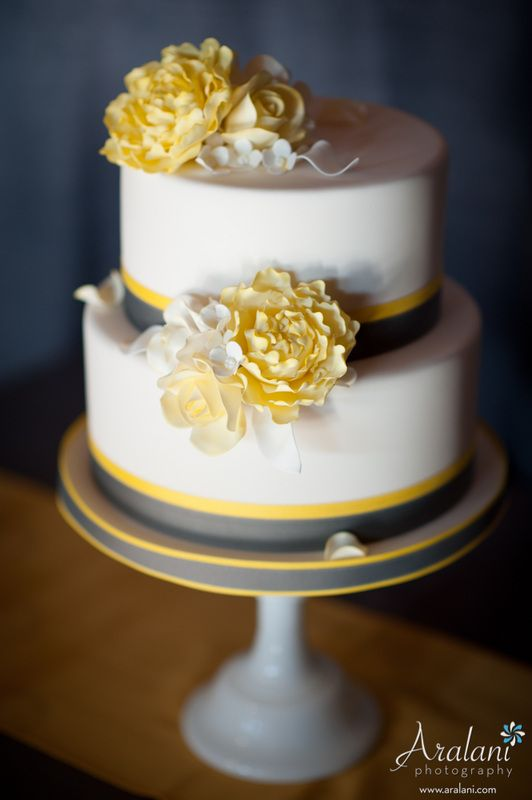 best wedding cakes portland or 25 best ideas about yellow wedding cakes on 11674