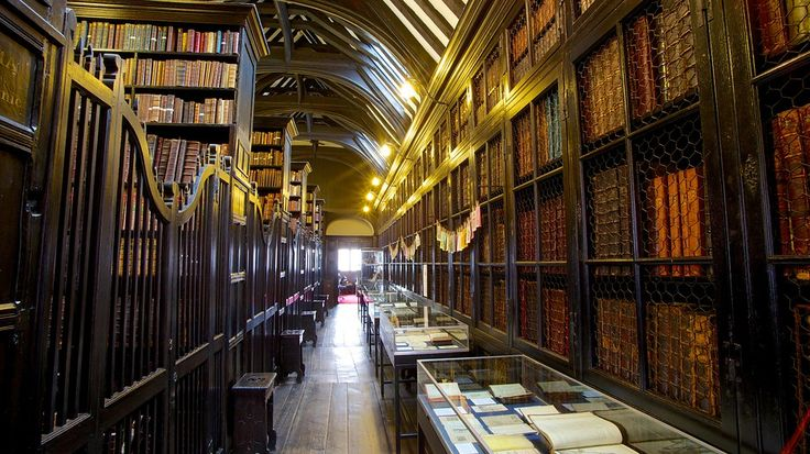 Chetham's Library - Manchester - Tourism Media