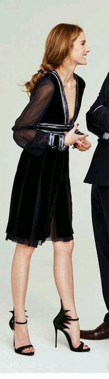 Who made Olivia Palermo's black velvet dress?