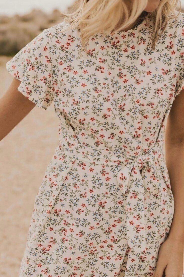 Jett geblümtes Kleid in 19 bescheiden Kleider für Frauen Dest