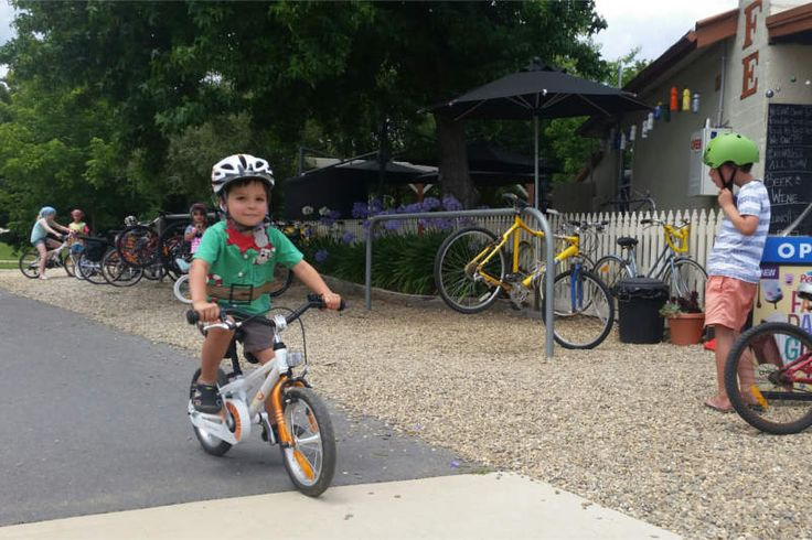 Rail Trail Cafe right on the Murray to Mountains Rail Trail and perfect for kids