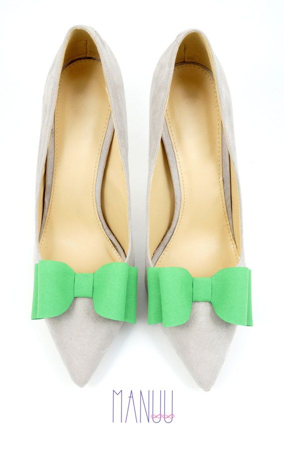 Green bows shoe clips Manuu shoe accessories shoe by ManuuDesigns