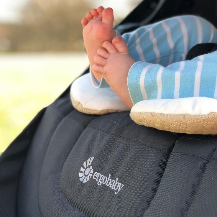 The reversibility of our 180 Reversible Stroller makes bonding with baby easier, it also means easy viewing of those precious baby toes!…