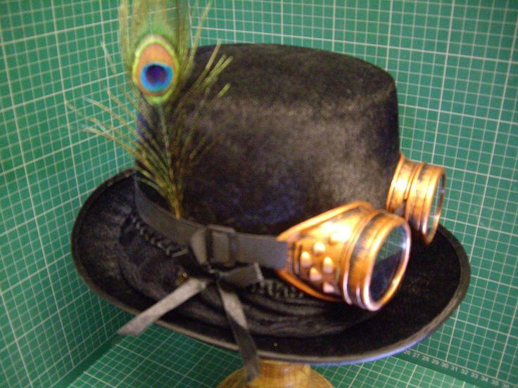 34.50$  Buy now - http://vibwl.justgood.pw/vig/item.php?t=n5hdr5h8292 - Chapeau haut de forme Steampunk/victorien gothique + lunettes de soudage ++ plume de paon