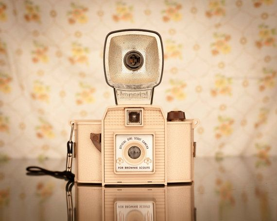 imperial delta vintage camera/neon owl