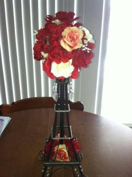 Centro de mesa torre eiffel con flores sweet 15 - Adornos mesa de centro ...