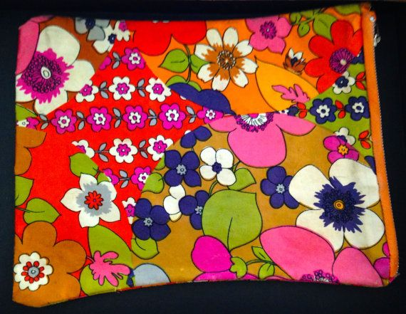 1970s vintage make up bag by tinasthriftytreasure on Etsy