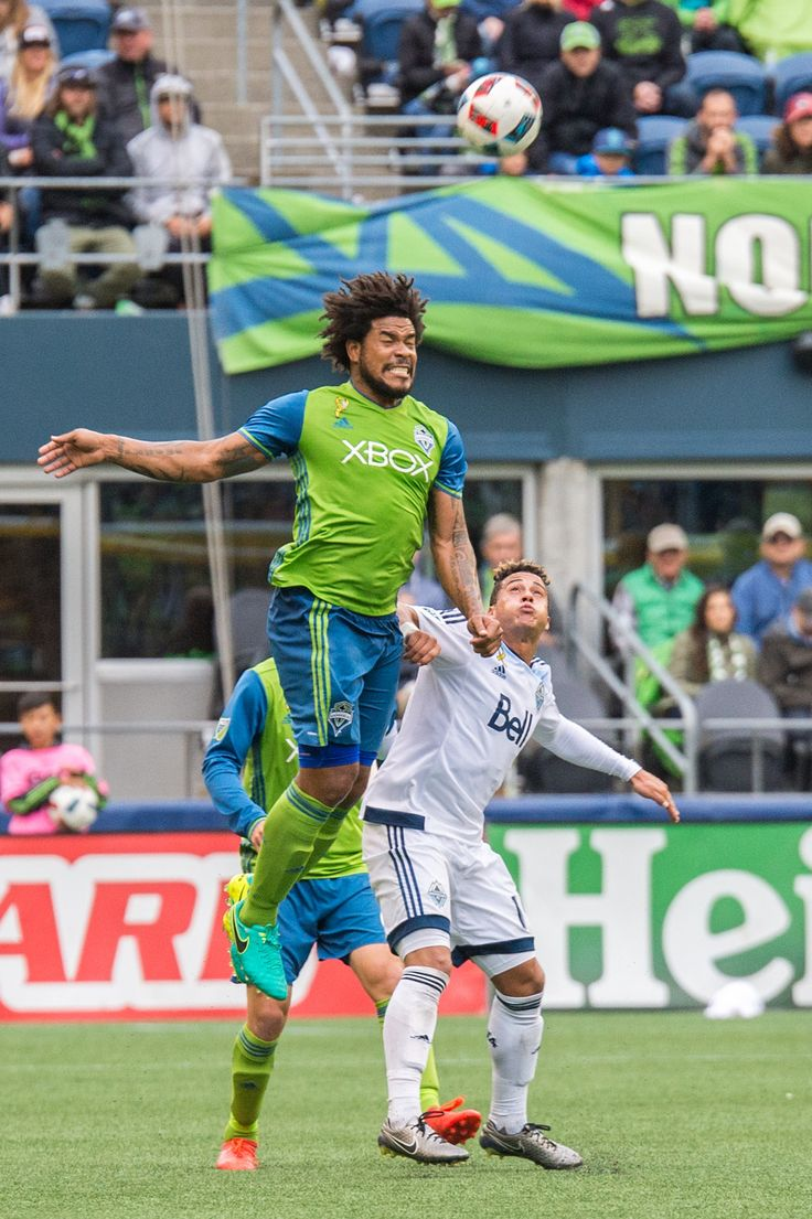 Seattle Sounders defeat Chicago Fire 1-0 vault into playoff spot