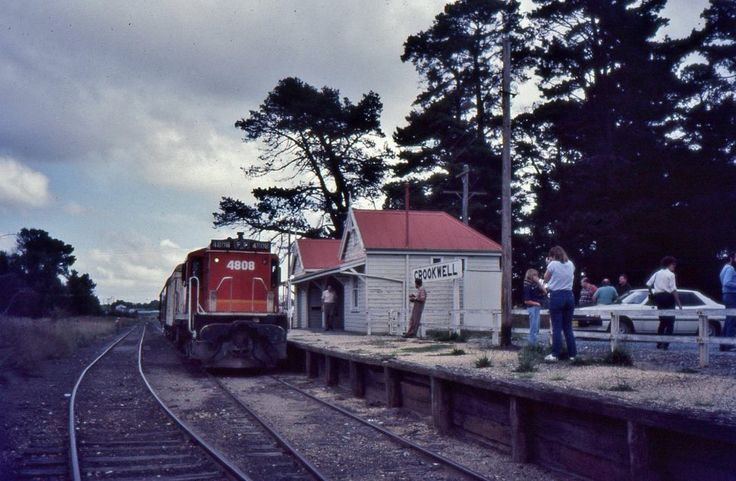 Branch line loco 4808 at the head of an enthusiast tour train from Goulburn at Crookwell, NSW, 1984.