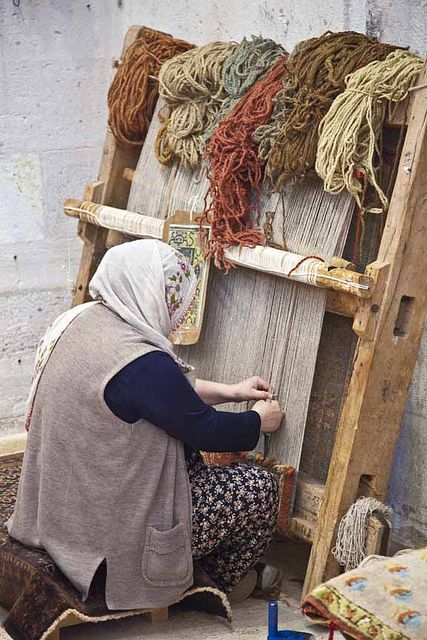 TURKEY - carpet weaving