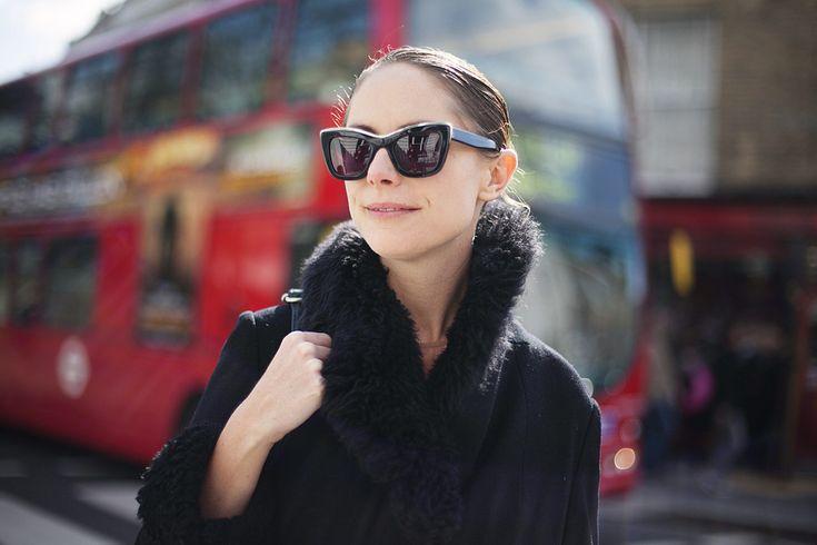 Fotos de street style en Portobello Londres: gafas de sol de Ksubi