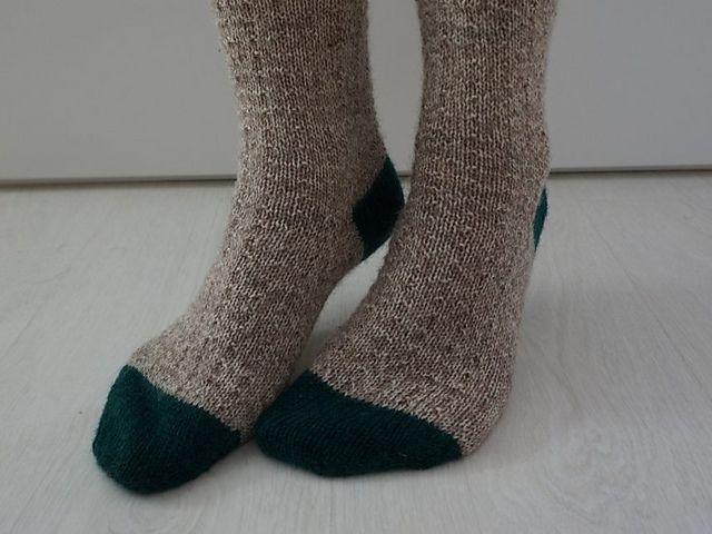 Simple Toe-Up Socks Free Knitting Pattern