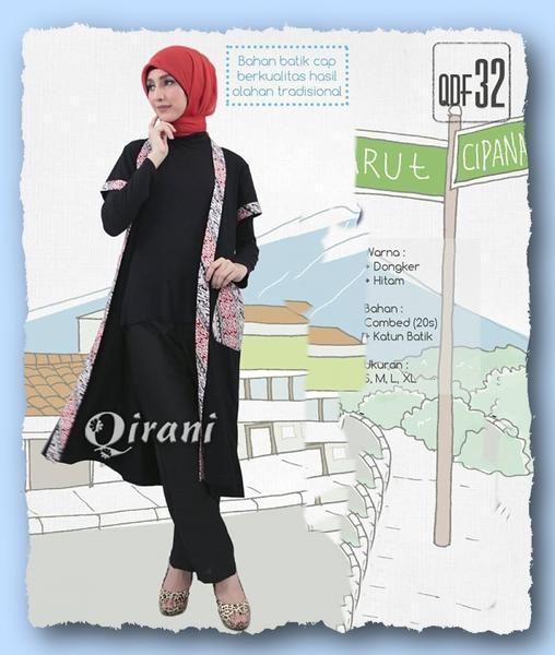 Qirani Fresh QDF 32 Hitam  Model :  QDF 32 Hitam  Qirani Fresh QDF 32 Hitam  Harga : Rp. 220.000  Size : S, M, L, XL  Warna :  Hitam & Dongker Bahan : Combed (20s) + Katun Batik
