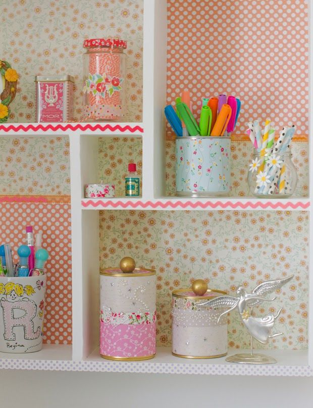 Today I have a new diy  project I made for the Craft Café  column at Heart Handmade UK  - Upcycled Tin Can Storage.     I'm always finding ...